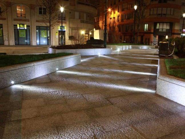 Incassi a parete design in luce - Illuminazione a pavimento per esterni ...